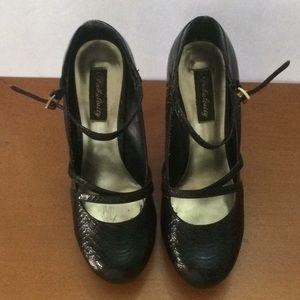 Fabulosity ladies black  9.5m high heel.